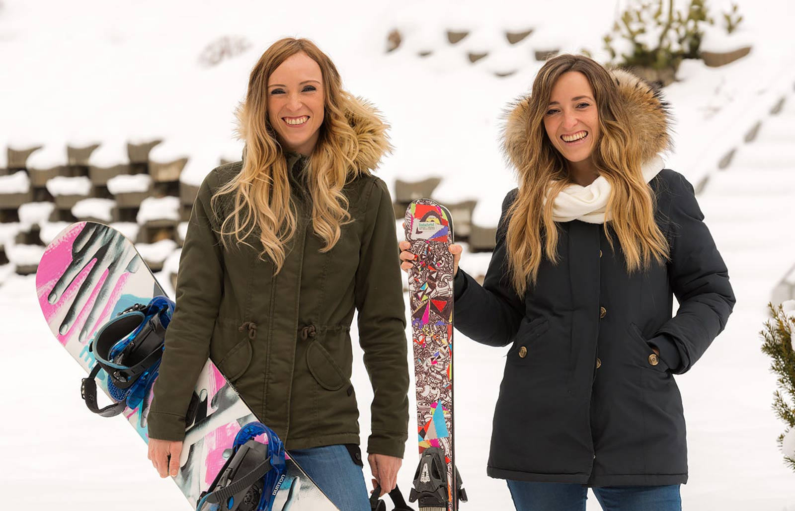 Two young ladies just rented ski equipment from our rental service at Rinsbacherhof
