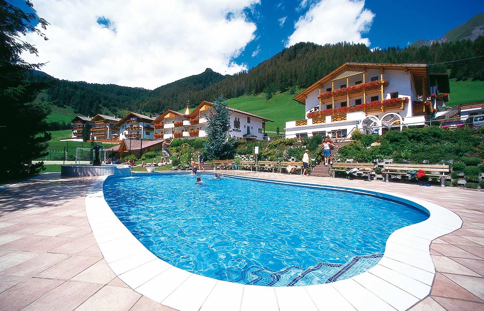 Hotel in valle aurina con piscina - Hotel in montagna con piscina ...
